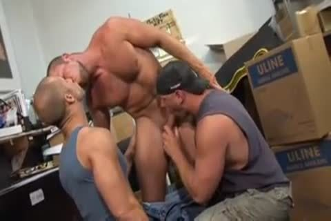 Unforgettable Scenes Of perfect fucking From three-some Body Builders