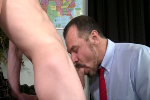 A older Teacher Sodomizes His Student!